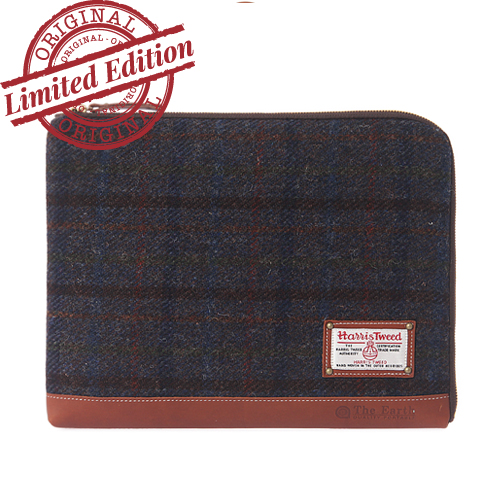 [디얼스] HARRIS TWEED SLEEVE BAG - MAHOGANY